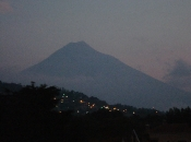 beautiful-volcano-in-guatemala-city